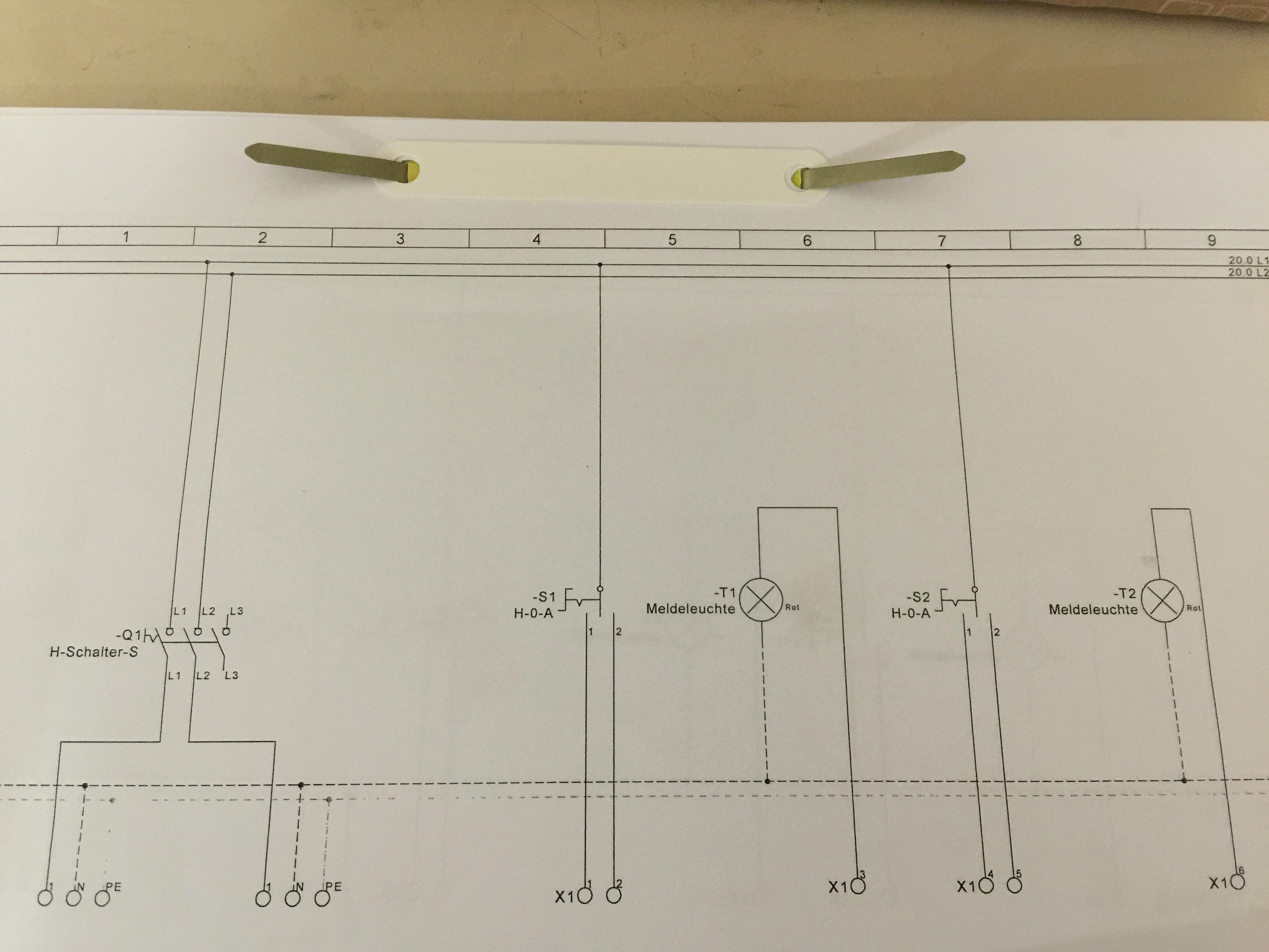 wie kann man diesen schaltplan nachbauen elektronik. Black Bedroom Furniture Sets. Home Design Ideas