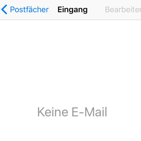 <<<unnötig>>>  2mal bekomm es nicht weg :\ - (Handy, Apple, E-Mail)