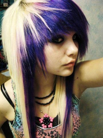 Bilder von emo frisuren