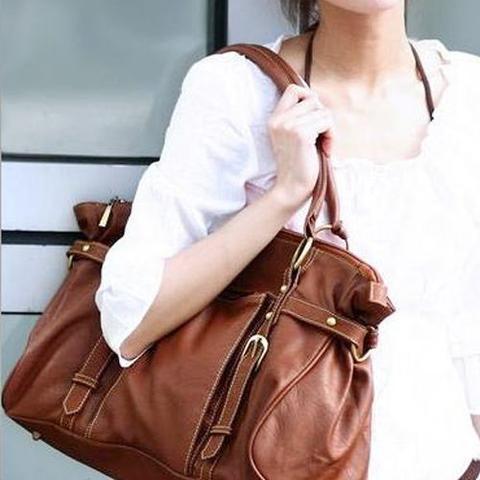 2. braune tasche - (Schule, Frauen, Mode)