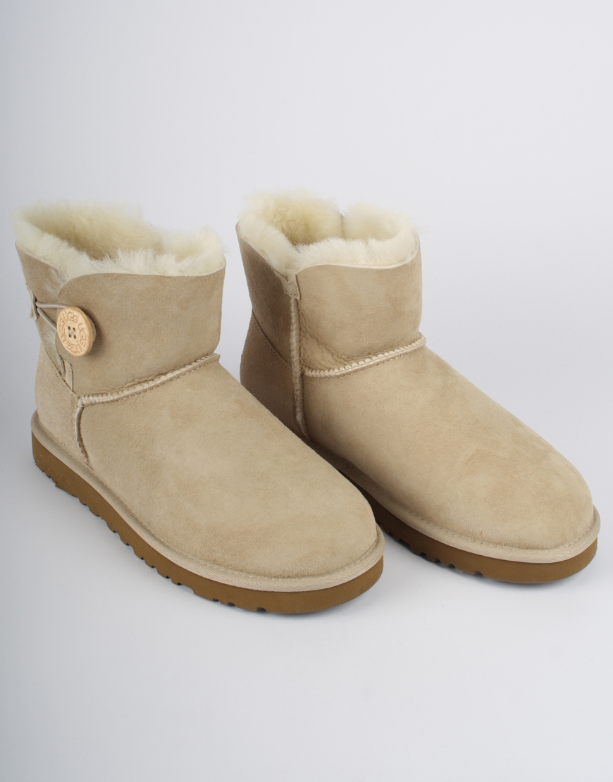 Ugg Boots Mini Bailey Button Beige