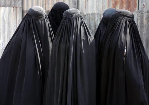 Frauen  in Burka - (Foto, burka, recht-am-bild)