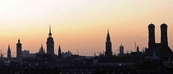 Es heißt Frankfurt(Main) sei die einzige deutsche Stadt mit einer Skyline- aber könnte man DAS nicht auch als Skyline bezeichnen?