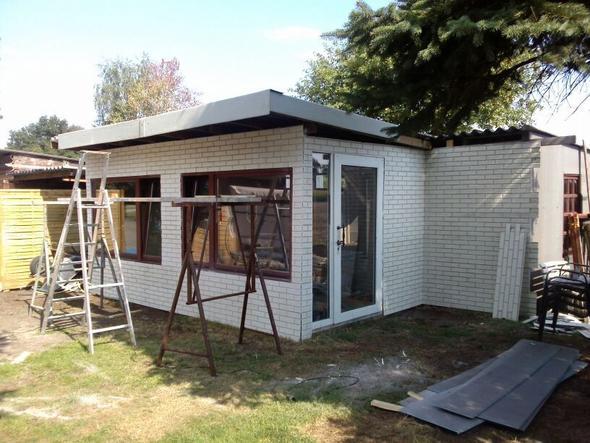 eternitdach streichen dach garten. Black Bedroom Furniture Sets. Home Design Ideas