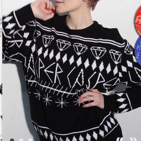 Fällt dieser Pullover groß oder klein aus?