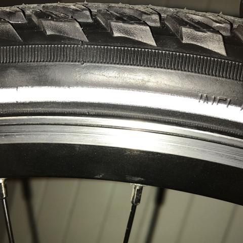 Bild Reifen vorne - (Fahrrad, Reifen, Felgen)