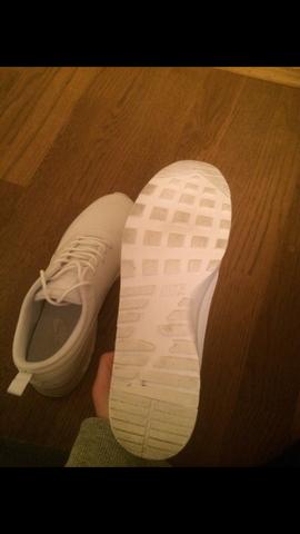 Unterseite  - (Schuhe, Nike, original)
