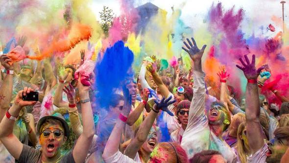 sowas meine ich - (Freizeit, holi festival, farbpuder)