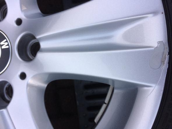 Felge - (Auto, BMW, Werkstatt)