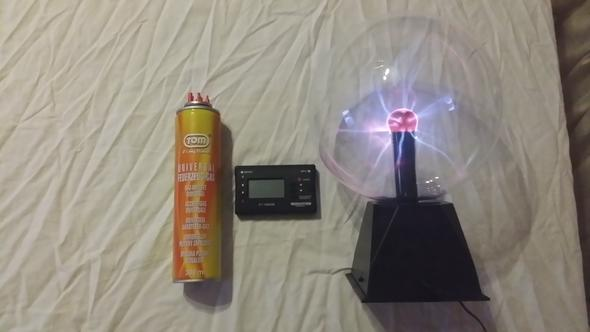 Plasmakugel+Feuerzeuggas - (gefährlich, Feuerzeuggas, Plasmakugel)
