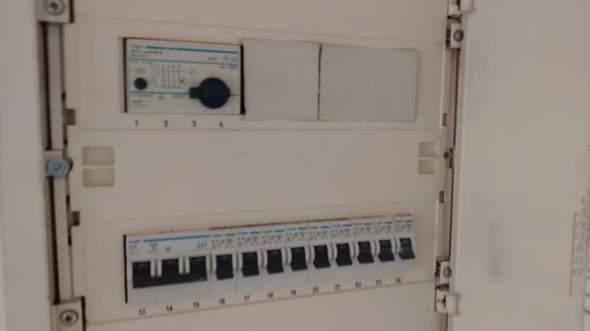 FI-sicherungsschalter rastet nicht mehr ein?