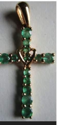 Findet ihr das Kreuz schön oder nicht?