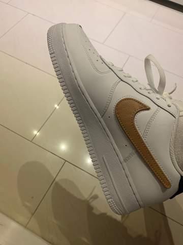 Findet ihr diese Schuhe für Damen schön? (Mode, Kleidung, Nike)