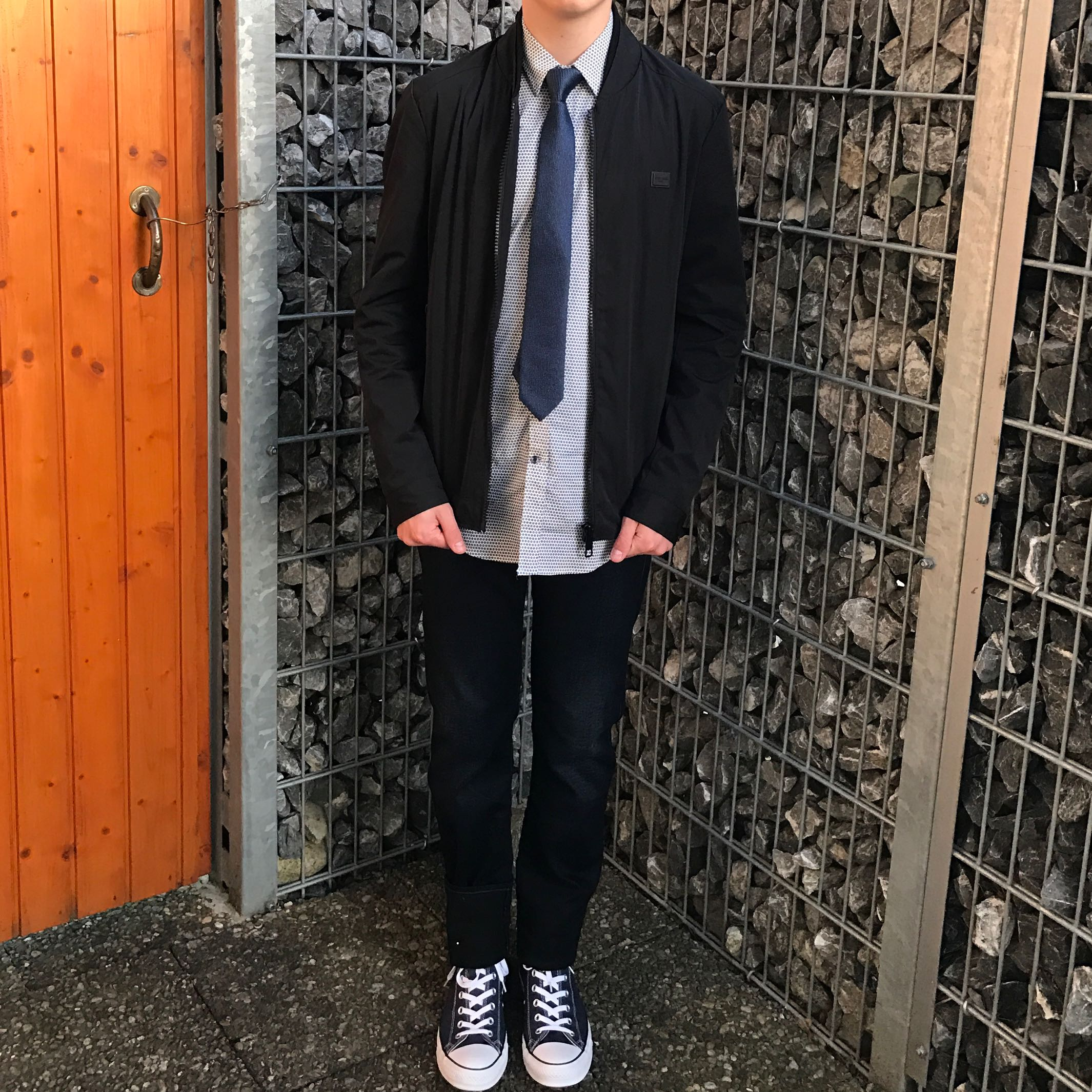 firm outfit für einen jungen? (mode, kleidung, style)