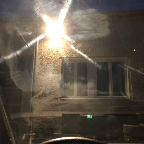 Flecken Auf Windschutzscheibe Entfernen Auto