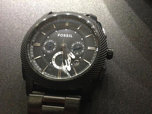 Uhr - (Uhr, Armbanduhr, Fossil)
