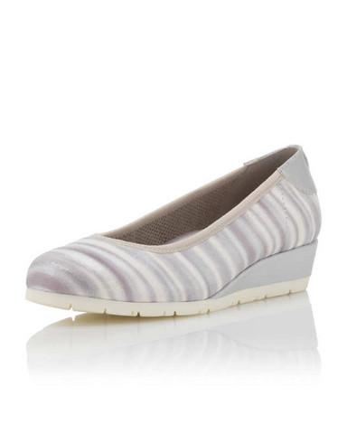 - (Mädchen, Schuhe)