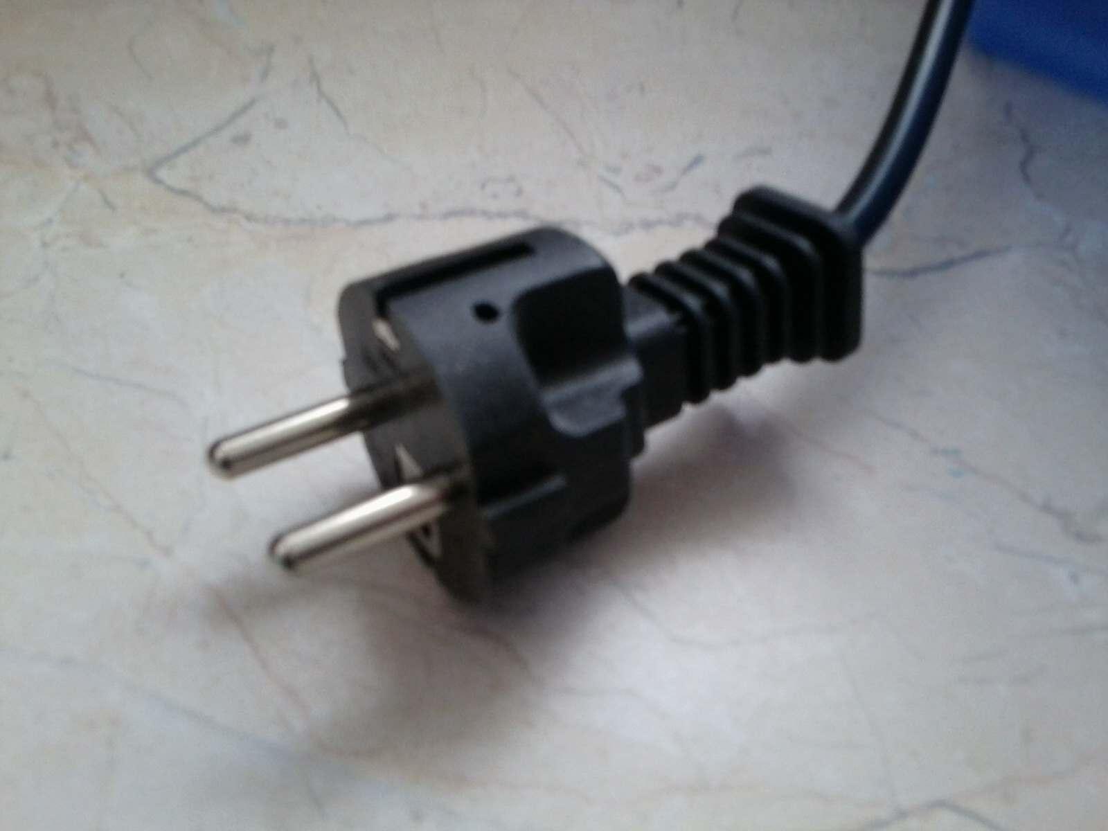 Frage an Elektriker: Stecker und Kabel (Haushalt)