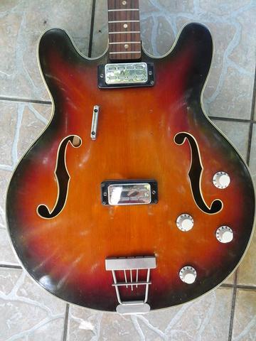 aa - (Gitarre, gitarrenkenner)