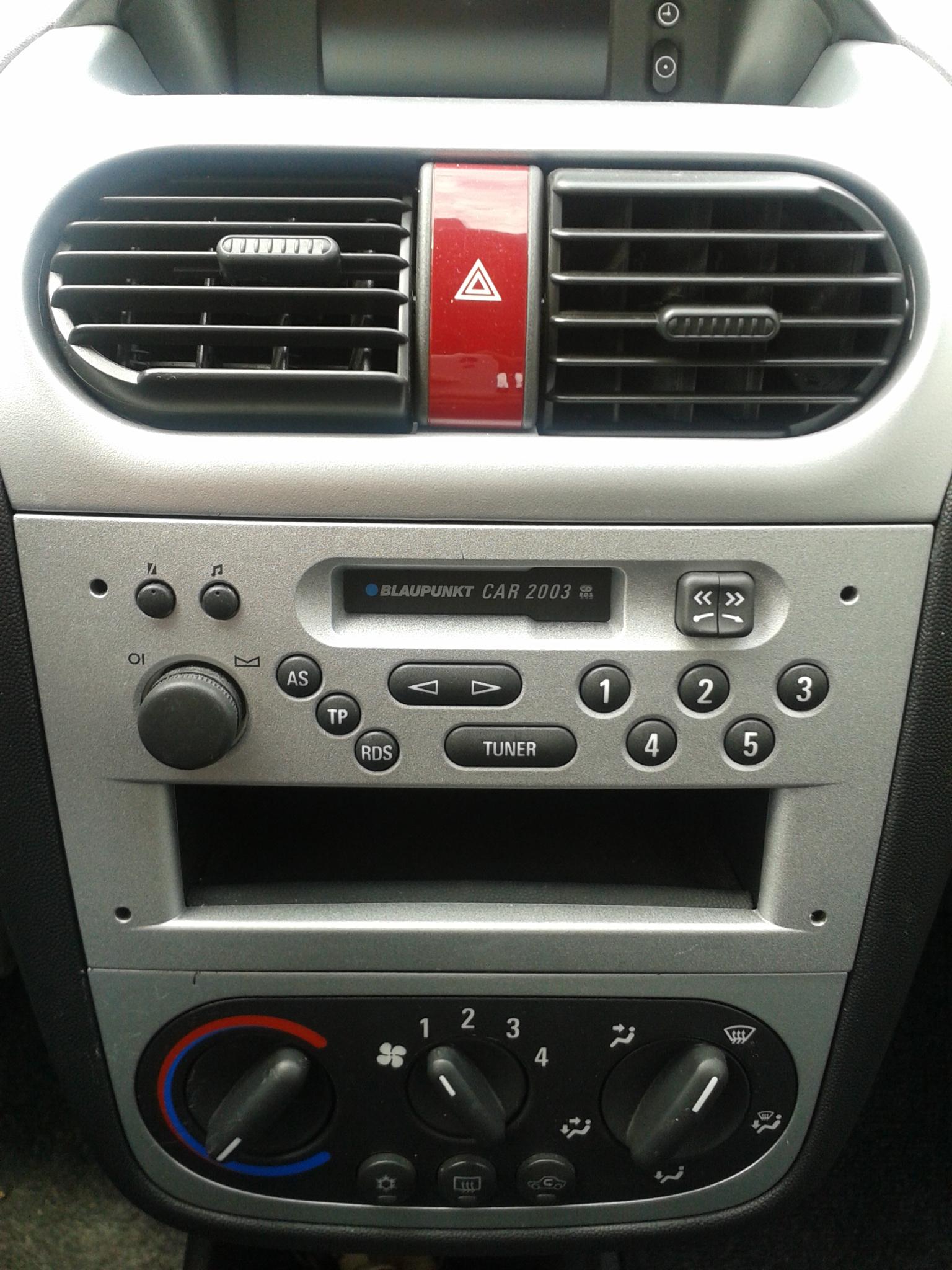 woher kriege ich ein radio mit cd player f r meinen opel. Black Bedroom Furniture Sets. Home Design Ideas