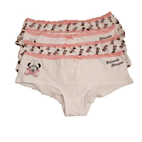 @Frauen: Was würdest du denken, wenn du an einem FKK-Strand einen Mann siehst, der sich grade seine Mädchenunterhose auszieht?