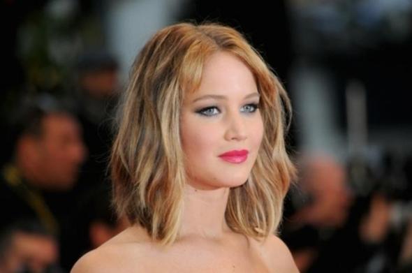 - (Haare, Frisur, Style)