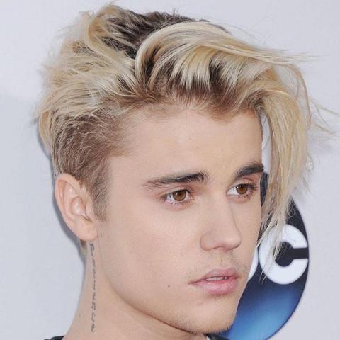 Frisur Von Justin Bieber Mit Bild Haare Mode Junge