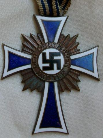 - (Geschichte, Zweiter Weltkrieg, Sammler)