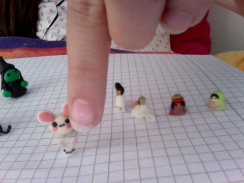 für wie viel euro könnte ich dieses Miniatur-FIMO-set verkaufen? (von mit handgemacht)!?