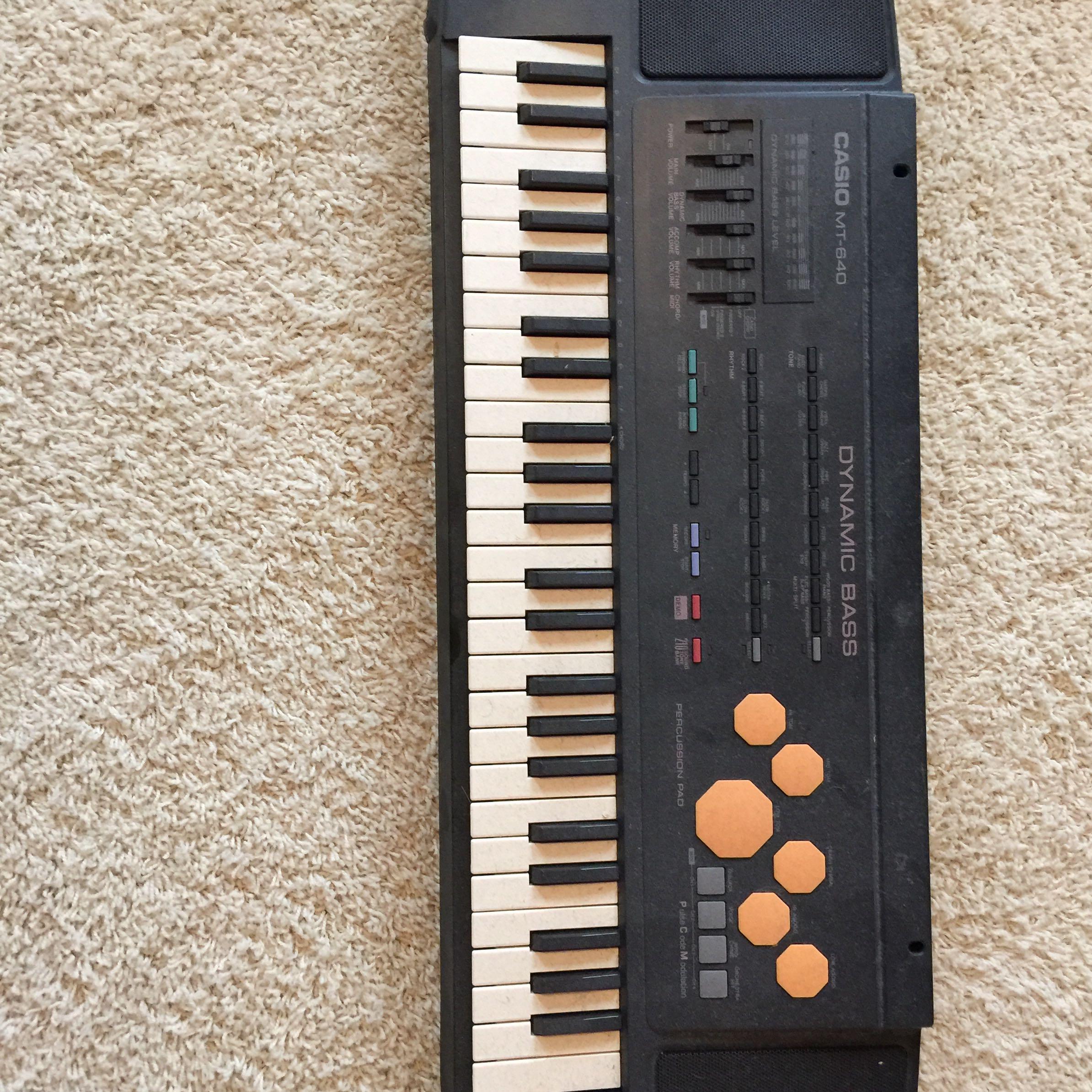 f r wie viel geld kann man dieses keyboard in ebay verkaufen preis. Black Bedroom Furniture Sets. Home Design Ideas
