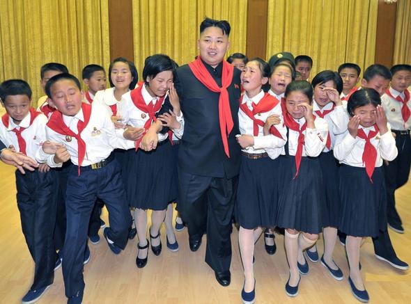 Genie der Genies - (Politik, Nordkorea, Gehirnwäsche)
