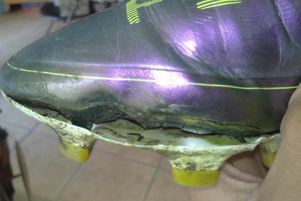 nike fußballschuhe reparieren