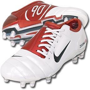 Fussballschuhe altes Modell (Fußball, Schuhe)