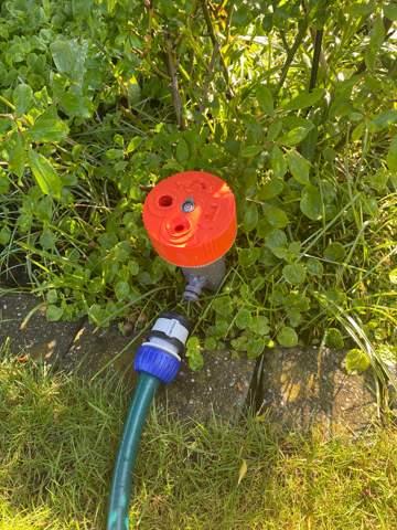 Gartenwasserschlauch Anschluss über Eck?