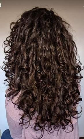 Gefallen euch mehr glatte oder lockige Haare?