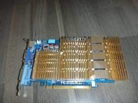 GeForce 8500 gt in ASRock 760M-HDV einbauen?