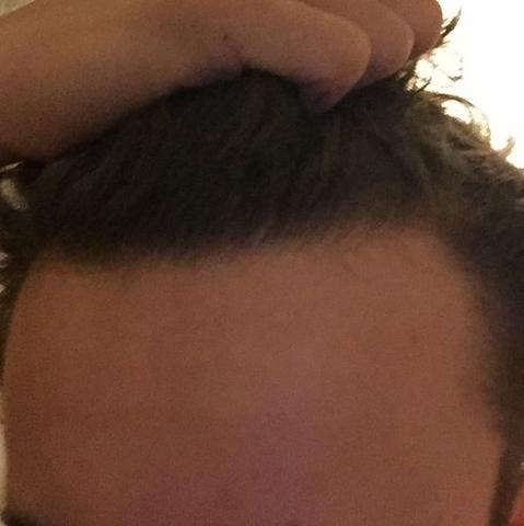 Links - (Haare, Arzt, Frisur)