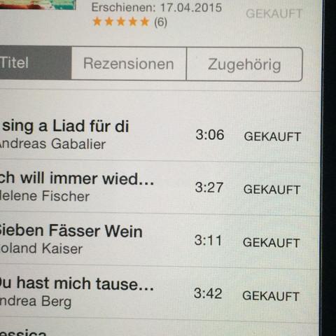 iTunes vom iPhone abfotografiert  - (Musik, iPhone, Apple)