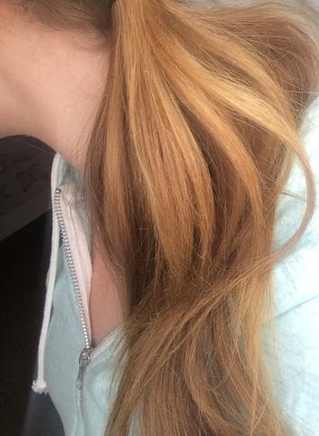 Gelbstich Aus Dunkelblonden Haaren Entfernen Haare Friseur Blond