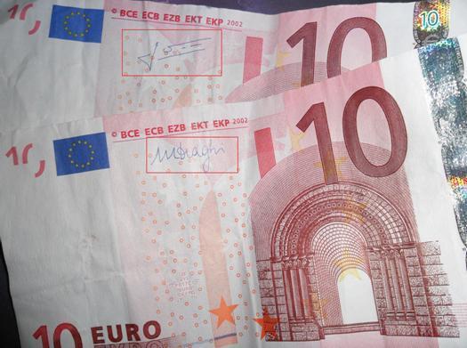 Buchstaben Auf Geldscheinen