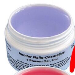 Hier sieht man, dass das 1-Phasengel Lila gefärbt ist  - (Kosmetik, Nägel, Gelnägel)