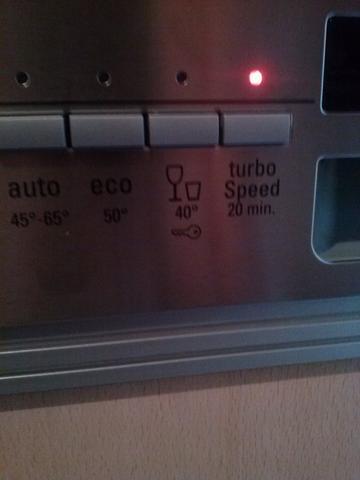 geschirrsp ler ein schl ssel zeichen mit bild haus k che spuelmaschine. Black Bedroom Furniture Sets. Home Design Ideas