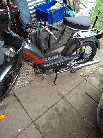 - (Auto und Motorrad, Mofa, Schnelligkeit)