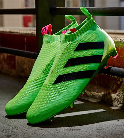Hier wie die schuhe aussehen - (Sport, Fußball, Schuhe)