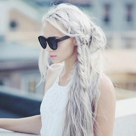 Haarfarbe platinblond dm