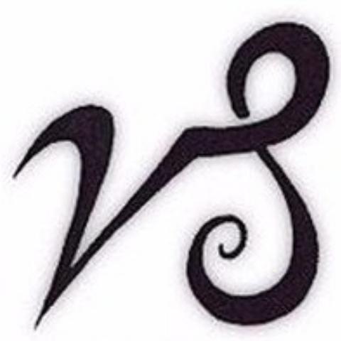 gibt es einen unterschied zwischen diesen beiden symbolen von einem steinbock capricorn tattoo. Black Bedroom Furniture Sets. Home Design Ideas