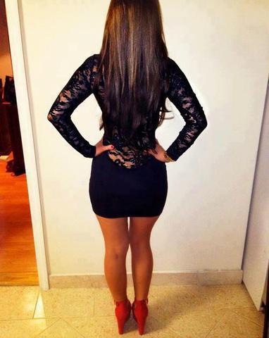 Kurzes enges kleid