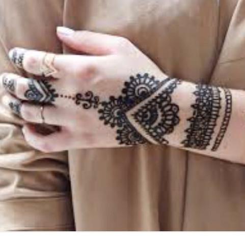 gilt wudu auch mit henna tattoo religion islam tage. Black Bedroom Furniture Sets. Home Design Ideas