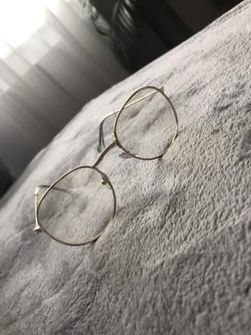 Gläser mit Sehstärke in Brille einsetzen- Fielmann?