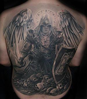 Engel mit Kapuze - (Körper, Haut, Farbe)
